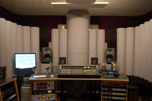 dfdfdf-300x200 Tips How to Build Acoustically  Recording Studio